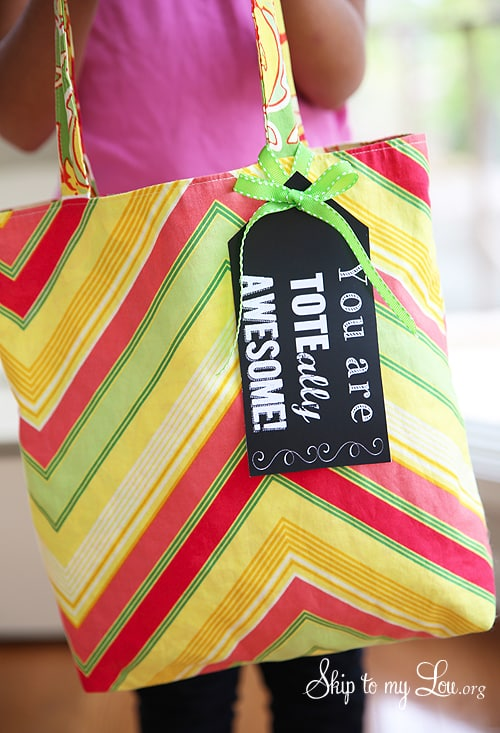 Inexpensive Teacher Gift Ideas (Tote-ally awesome)