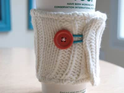 Inexpensive Easy Homemade Gifts- cup cozy