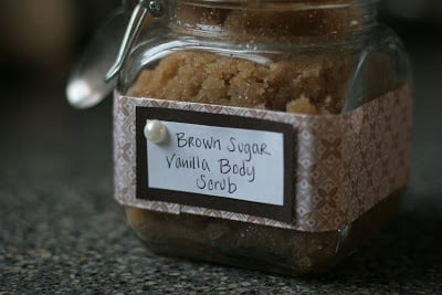 Inexpensive Easy Homemade Gifts- sugar scrub