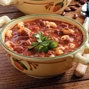 Hearty Chili and Mac