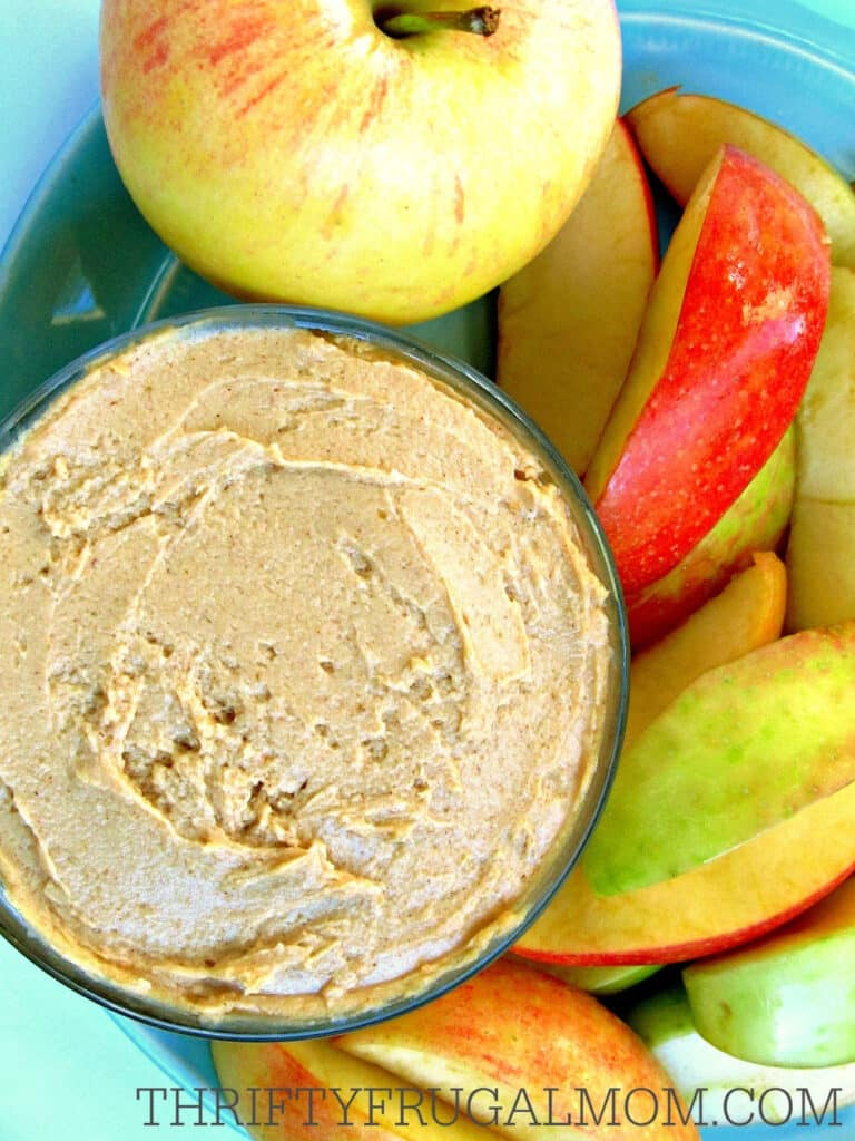 Healthy Peanut Butter Fruit Dip with Yogurt- a great healthy fruit dip recipe