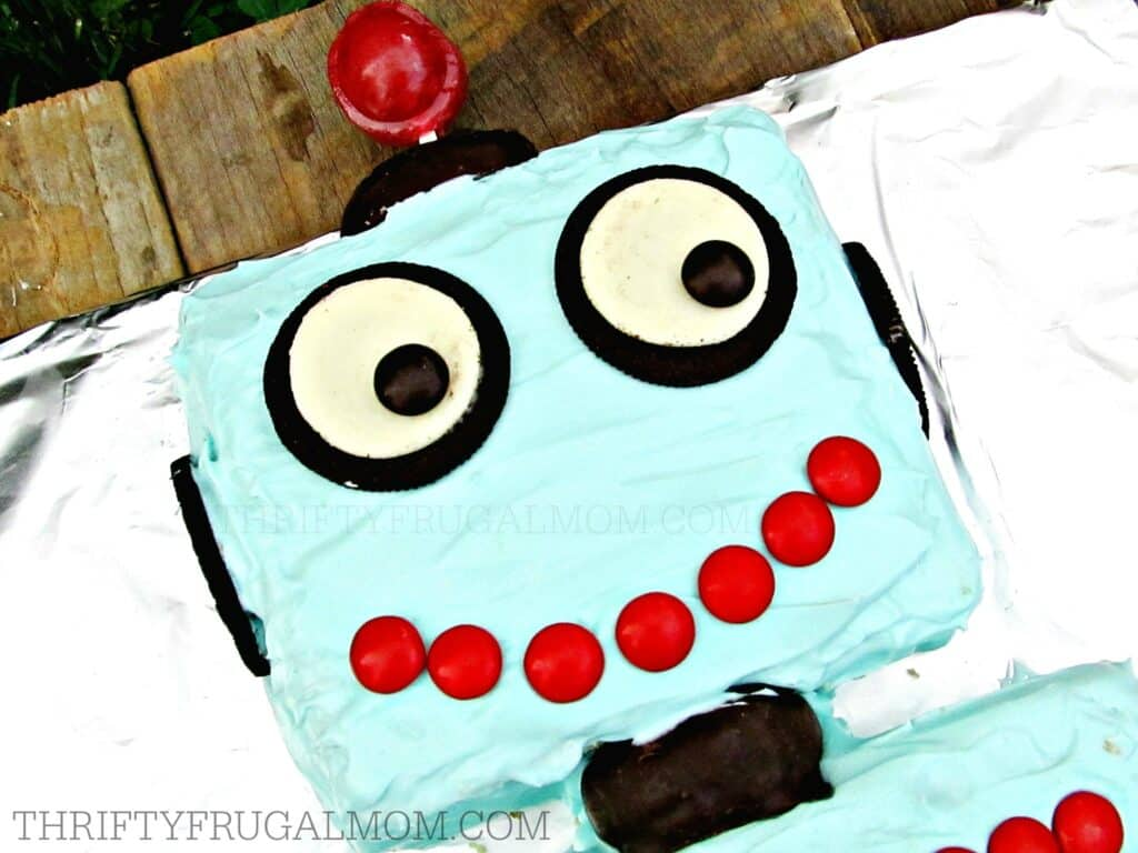 Easy Robot Boy Birthday Cake (Head)